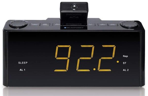CLR-P 1800 BK Uhrenradio mit Projektor
